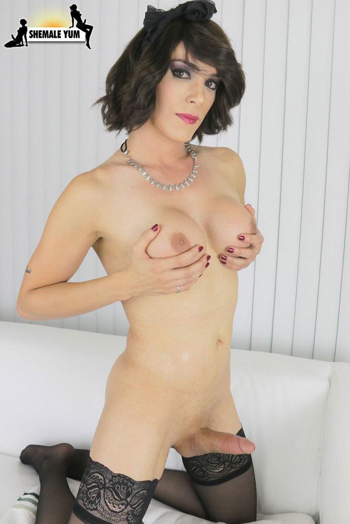 Splendid Statuesque Nina Lawless