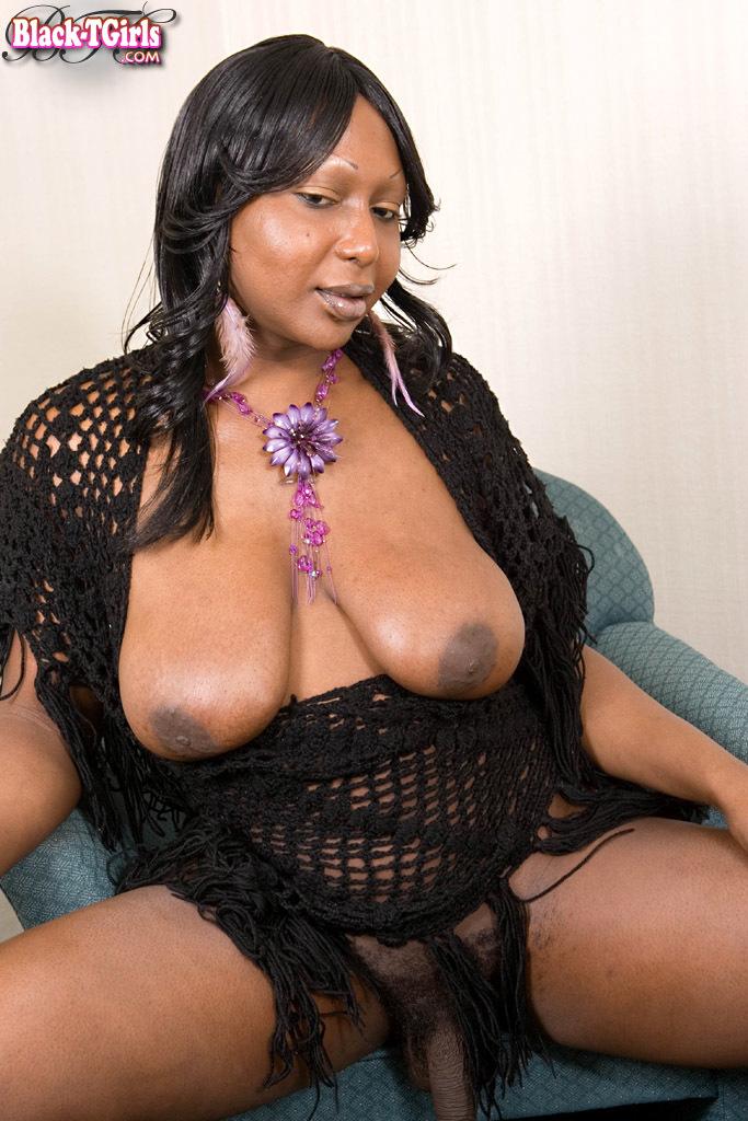TGirl Mysa Del Rio Jacking Her Dick