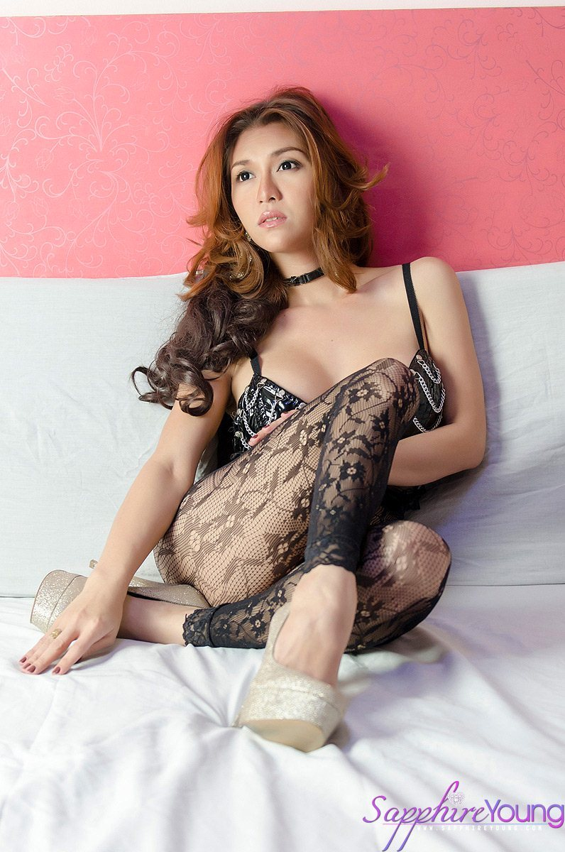 The Famous Ts Getting Naked From Lace Stockings