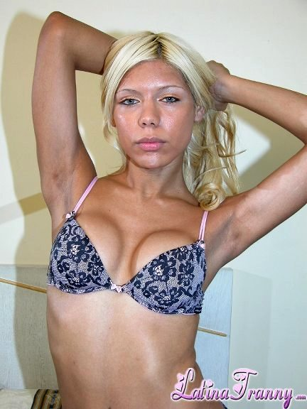 Titillating Blonde Babe Jerking Her Tool