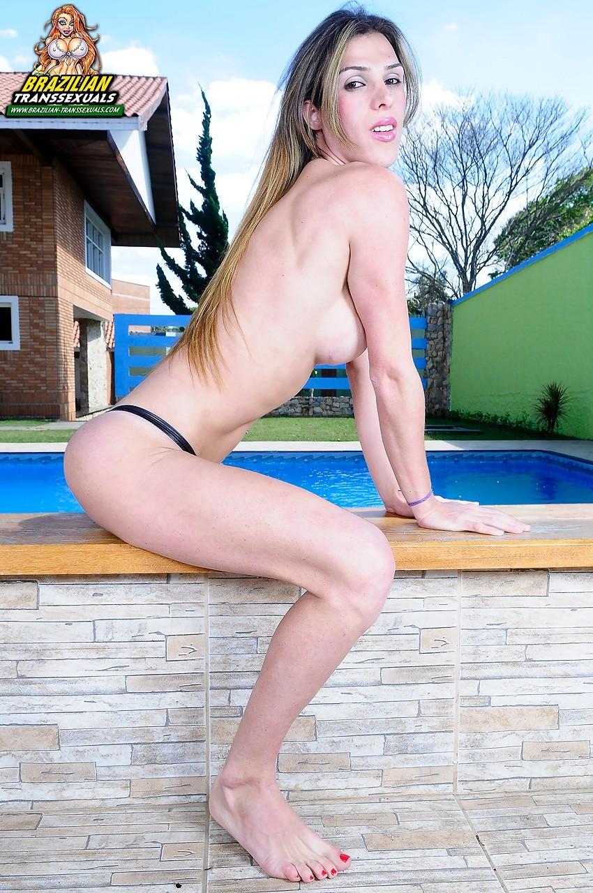 Transexual Cristine Transex Lifeguard