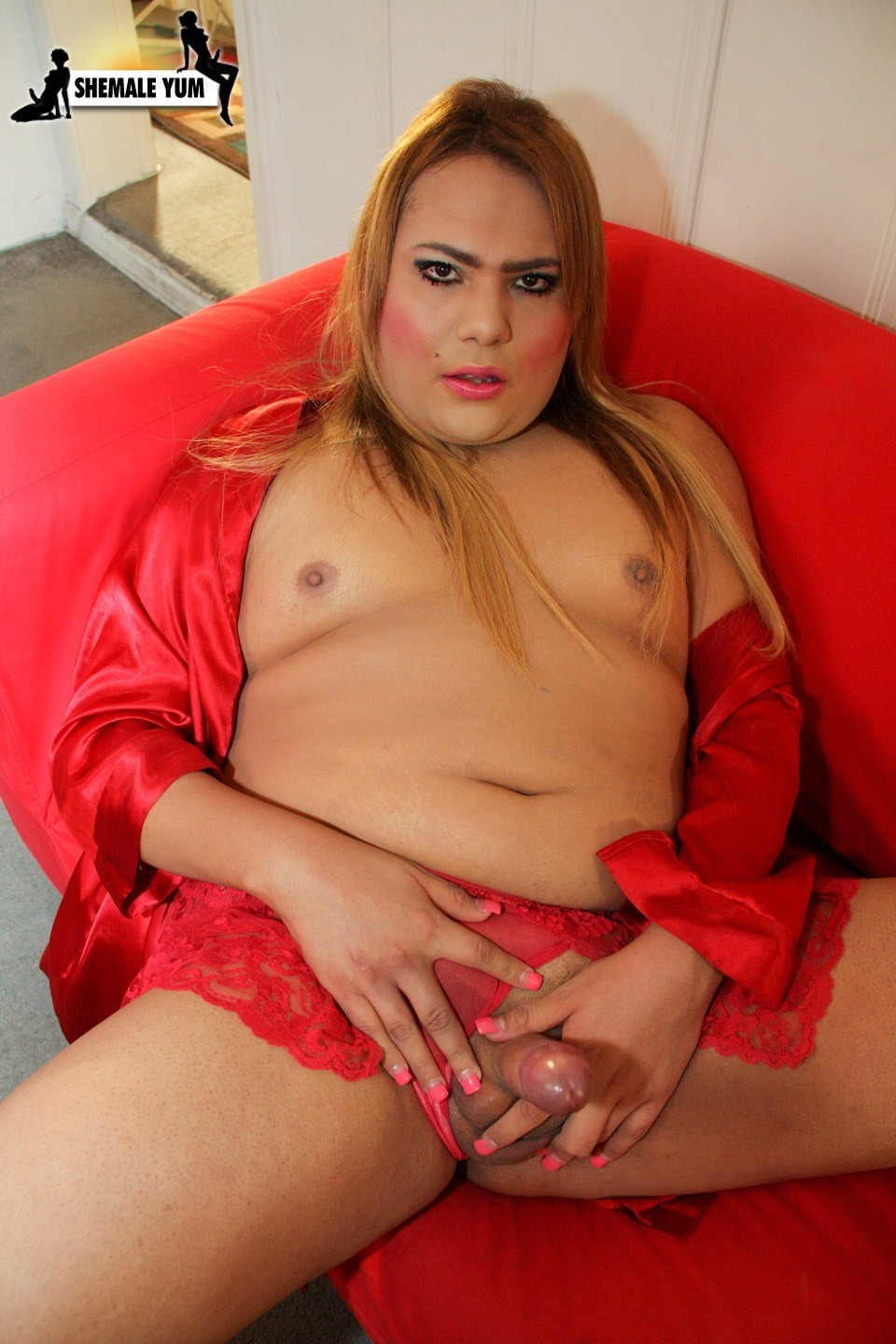 transexual denise rivera in red panties