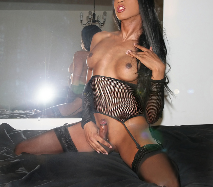 transexual victoria xxx needs a tool in her asshole