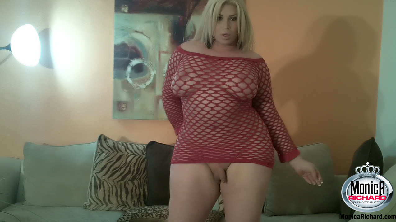 TS Monica Richard In A Red Fishnet Skirt Showing Her Meat