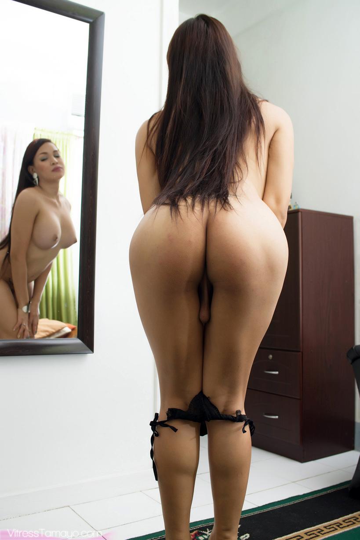 Unbelievable TGirl Gets Buck Naked