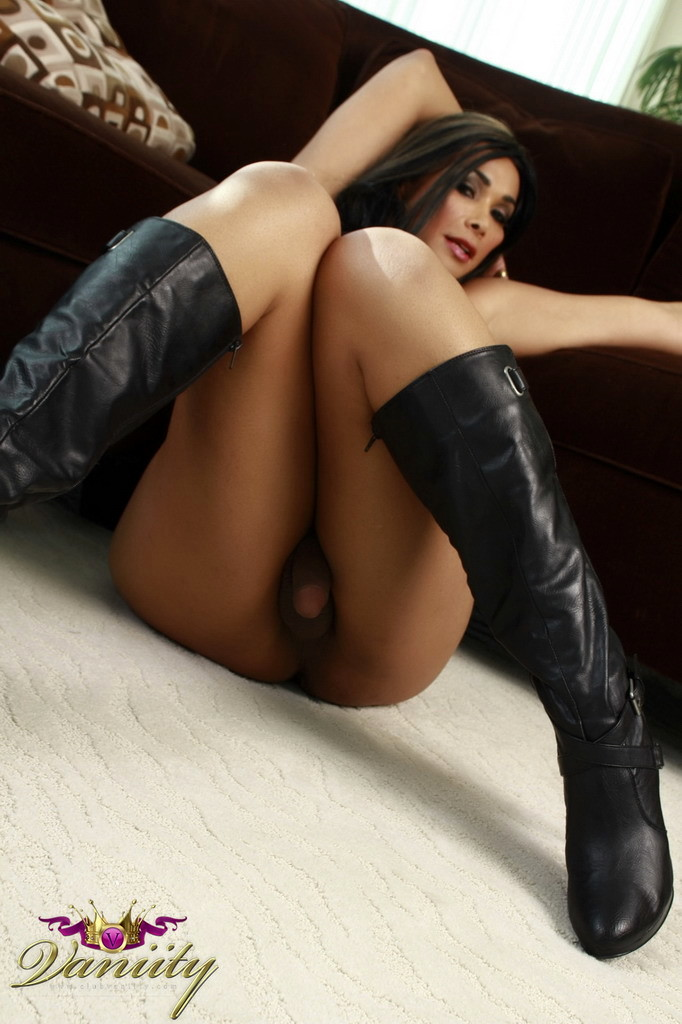 wonderful vaniity strips on the sofa