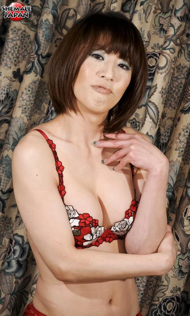 yuuki tominaga posing in panties